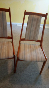 Moving! Free chairs