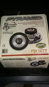 12 inch pyramid subwoofer