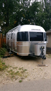 2010 Airstream Flying Cloud 20