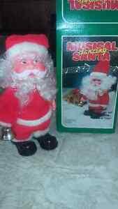 BRAND NEW Musical Santa