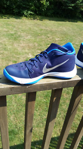 Nike Zooms Brand New size 9