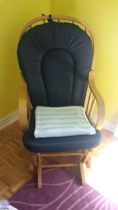 Comfortable Rocking/ Glider Chair!