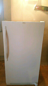 Kenmore stand up freezer