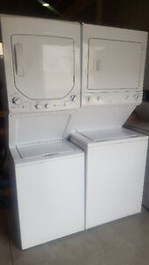 STACKABLE WASHER DRYER AMAZING SHAPE NEW AND USED
