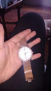 GUESS diamond watch