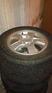 4 Michelin summer tires with rims 215 65 16