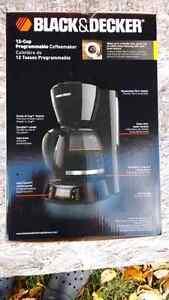 Black & Decker Digital Coffeemaker 12-Cup