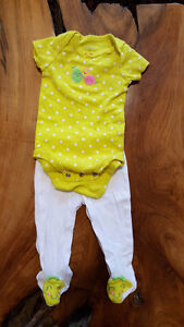 baby girl 0-3 and 3 great condition (each pic is $5) - new born Kitchener / Waterloo Kitchener Area image 6