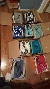 Selling mens RARE shoes size 9-10