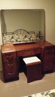 Lovely vintage dresser vanity with extra large mirror and bench
