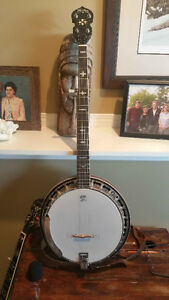 5 string Washburn banjo for sale with Drop  tuners