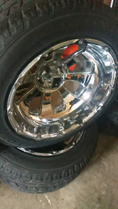 ******REDUCED AGAIN****** 22X14 xd wheels with tires
