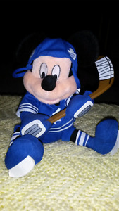 Mickey Mouse with Toronto Maple Leafs Uniform