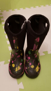 BOGS Boots - Size 12