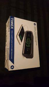 Timex Dual Alarm Clock With USB Charging
