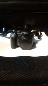 Canon Powershot S3 IS Digital Camera with bag