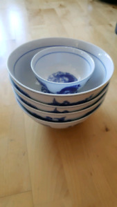 Set of Chinese style bowl