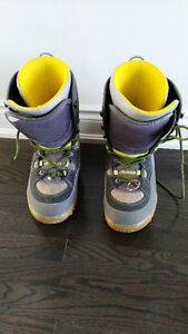 Burton Men's Freestyle SI snowboarding boots size US 12 (UK 11)