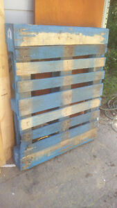 Blue wood skid/pallet