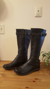 BOC Womens Leather Boot