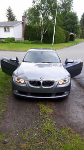 2007 BMW 3-Series Cuire propre Bicorps  *** 161 000km***