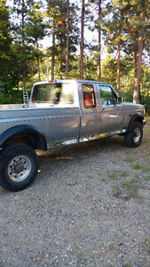 1998 Ford F-250 Powerstroke ExCab Pickup Truck