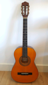 Classical Guitar 3/4 with case - 92 cm