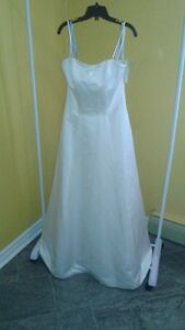 NEW BRIDAL ORIGINAL SIZE 14 / REG. PRICE $1100 NOW $50