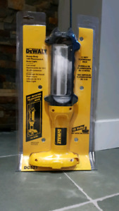 Dewalt DC527 18V Heavy Duty Fluorescent Area Light