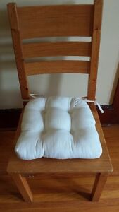 Set of 4 new reversible seat cushions