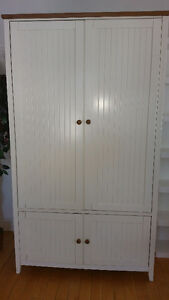 Superbe armoire de rangement
