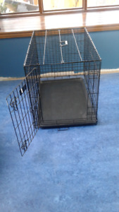 Medium sized dog crate / cage  - perfect condition