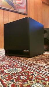 Yorkville YSS2 Active Studio Subwoofer. Great Condition!