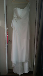 New Ivory Wedding/Cocktail Dress - Size 18