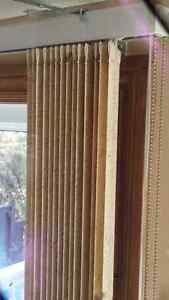 vertical blinds and hardware London Ontario image 1