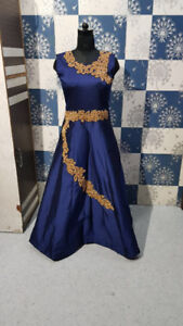 Traditional Wear & Indian Clothing at Best Prices
