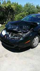 REDUCED. Now $200 obo. 2001 Saturn Sc1 for parts