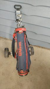 Rh Youth or teen golf clubs with bag and pull cart