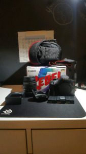 Canon t5 mint condition with accessories and lens! Négociable!