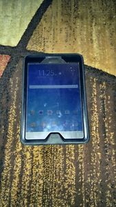 (UNLOCKED) 16GB SAMSUNG GALAXY TAB A INCLUDE OTTER BOX CASE