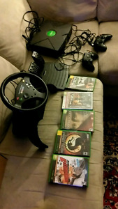 Original Xbox and accessories. 100$ Armstrong BC.