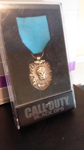 Call of Duty Collector Pin