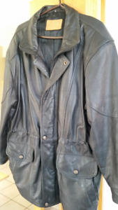 Mens quality leather coat: Hide house size M