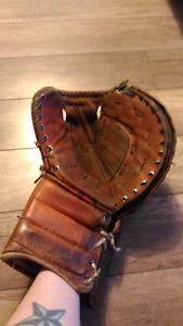 Vintage Goalie Trapper Glove
