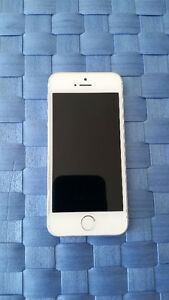 Apple iPhone 5s 16 GB - Model: A1533