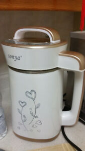 Sonya Soy Milk Maker - pick up at early to mid July