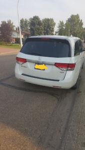 2014 Honda Odyssey EX, Back up & Blind Spot Cam 86000KM