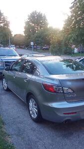 2012 Mazda Mazda3 GS SKY Sedan Kitchener / Waterloo Kitchener Area image 3