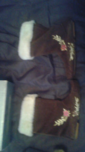 Moccasin slippers boots