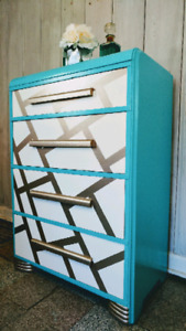 Vintage Art Deco 4 drawer Tallboy